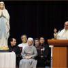 Critica el Papa a religiosos que 'viven como ricos'