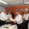 Recibe Efraín de León constancia como Secretario General electo de la CNOP