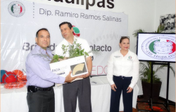 Ramiro Ramos  promueve una cultura de sustentabilidad entre las familias de Nuevo Laredo
