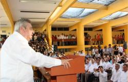 Toma rector protesta a director de la unidad académica de ciencias jurídicas y sociales