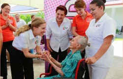 María del Pilar inaugura la semana cultural y deportiva en casa hogar del adulto mayor