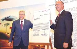 SCT firma bases de licitación para el tren rápido México-Querétaro