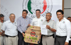 Refrenda Congreso apoyo a Alcaldes para que los Municipios reciban los recursos que requieren