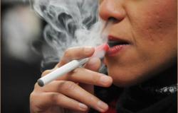 Cigarro electrónico puede salvar 'miles de vidas'