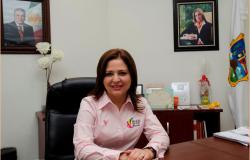 "Promueve DIF Reynosa ""Vive fuerte, vive rosa"""