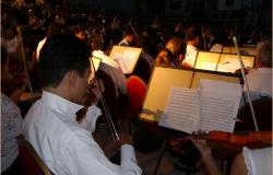 La Orquesta Sinfónica de la UAT se presentó en el Tamul de la colonia Cascajal.