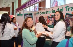 Más de mil 500 actas de nacimiento gratuitas entrego Registro Civil en Quinto Encuentro de Mujeres Fuertes