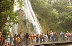 Espera NL a 800 mil turistas en Semana Santa