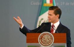 Encabeza EPN homenaje a militares caídos en Jalisco