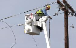 Reparan daños eléctricos tras el paso de tormentas