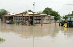 Amanecieron bajo agua 37 viviendas en San Fernando