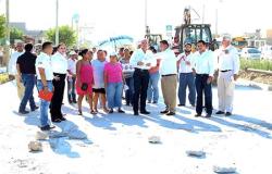 Familias con Pepe Elias supervisan obras
