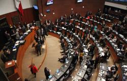 Senadores discuten Ley Federal de Transparencia