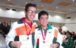 Obtienen jóvenes tamaulipecos medallas en Olimpiada de Matemáticas