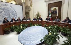Dialoga Osorio con gobernadores que concluirán cargo este año