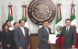 Osorio Chong entrega el IV Informe de Gobierno