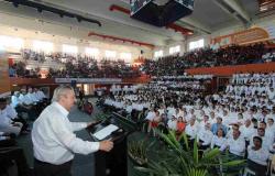 Recibe Rector a nuevos universitarios de la UAT en Tampico
