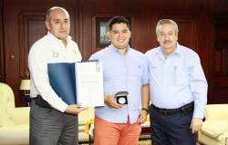 Recibe UAT otro premio nacional de excelencia