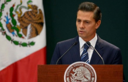 Expresa EPN sus condolencias por muerte de Luis González de Alba