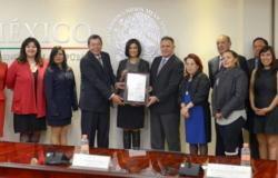 Presidencia recibe certificado en Igualdad Laboral y No Discriminación