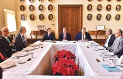 Coinciden ex secretarios de Hacienda en fortaleacer mercado interno: Meade