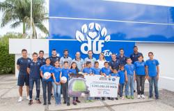 Recibe DIF Tamaulipas donativo de Jaiba Brava y Correcaminos.