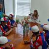 La alcaldesa Maki Ortiz recibió la visita de jugadores