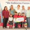 Mariana Gómez continúa su recorrido por Tamaulipas escuchando a las familias y entregado apoyos