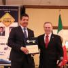 Gobernador reitera en Texas llamado a combatir tráfico de armas hacia México.