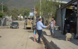 Continúan los trabajos de pavimentación con concreto en diversas colonias de la Capital