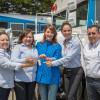 Entrega Mariana Gómez prótesis dentales, equipo médico y unidades de transporte.