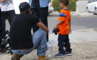 Suspenden deportación por una semana