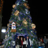 Enciende Gobernador árbol navideño en Mante e inaugura pista de hielo