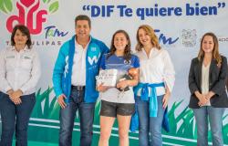"""Gobernador del Estado y Presidenta del DIF Tamaulipas Premian a ganadores del Torneo de Futbol """"DIF Te Quiere Bien"""""""