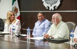 Preside Maki Ortiz reunión Municipio-CONAVI