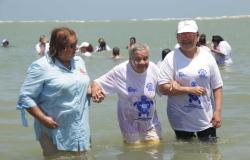 Residentes de Centros Asistenciales del DIF Tamaulipas conocen la playa.