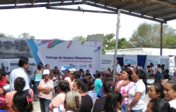 Lleva Gobierno del Estado y DIF Tamaulipas apoyos a las familias de pescadores.