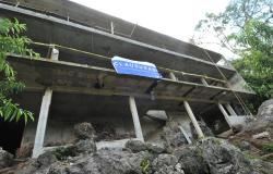 Clausura Gobierno del Estado edificio habitacional irregular en El Cielo.