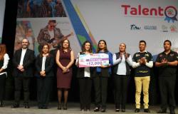 """Premia DIF Tamaulipas a ganadores del Concurso Estatal """"Talento DIF"""" ."""