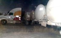 Gobierno de Tamaulipas asegura 15 autotanques con casi 500 mil litros de combustible.