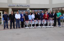 Recibe DIF Tamaulipas donativo de 1.2 millones de dólares en equipo médico.