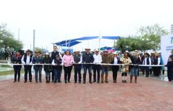 Gobernador entrega Parque de Bienestar en Burgos.