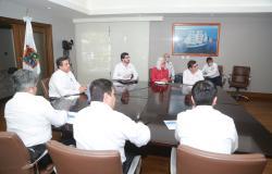 Gobernador de Tamaulipas y equipo de Salud, intercambian experiencias con especialista italiana, ante COVID-19.