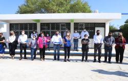 Entrega Municipio nueva Biblioteca a escuela Benito Juárez