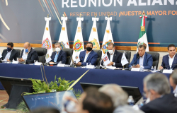 Gobernadores aliancistas promoverán controversia constitucional en defensa de los fideicomisos.