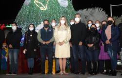 Enciende Pino de Navidad 2020 en Reynosa