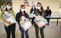 DIF Tamaulipas continúa entregando apoyos alimentarios a estudiantes de educación básica.