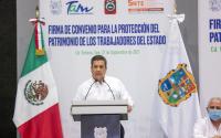 Cumple Francisco García Cabeza de Vaca a los trabajadores del Gobierno del Estado.